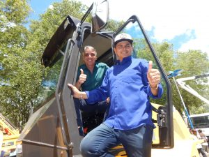 Fábio Reis entrega equipamentos em Itabaiana