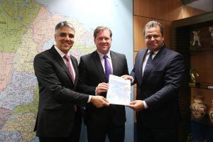 Fábio Reis solicita a ministro promoção turística do estado de Sergipe