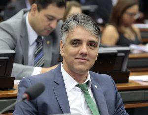 Fábio Reis viabiliza 52 obras em Sergipe