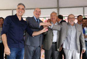 Fábio Reis recebe ministro Osmar Terra em Sergipe